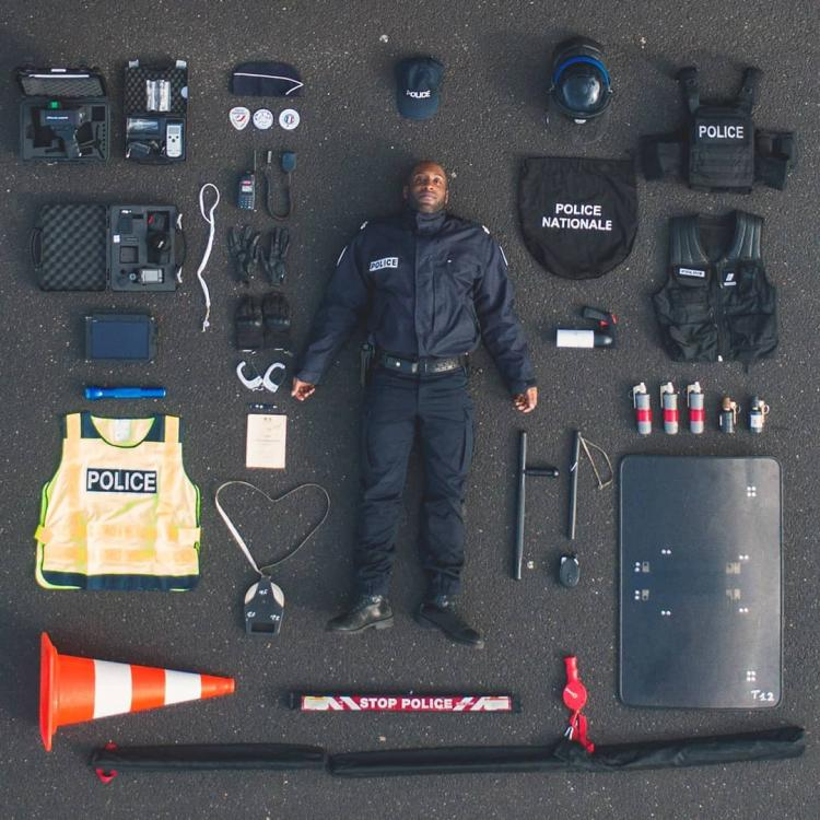 echipament politist francez.jpg